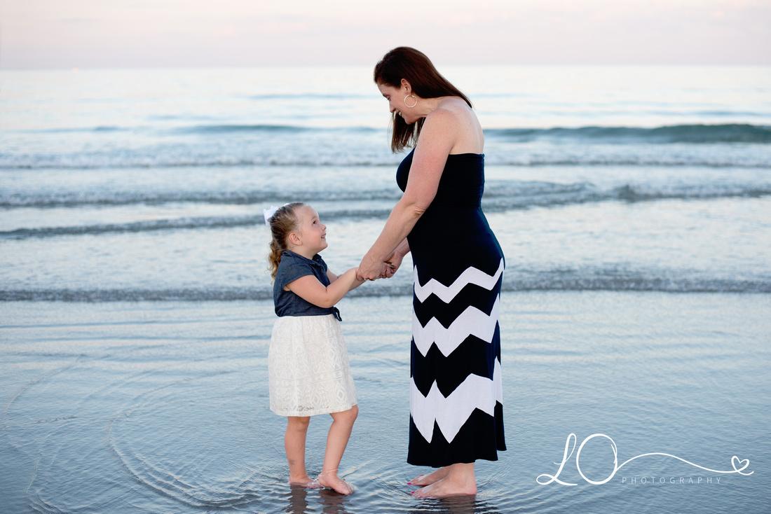 Long Sands Beach, Family Beach Session, Maine Family Photographer, Sunset Beach Session, Main Children's Photographer, Maine Beach Photography