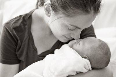 Birth Photographers in Maine, Maine baby photographer, Maine Newborn Photographers, Maine Fresh 48 Photography